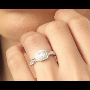 Zales 1/3 Carat Princess Cut Engagement ring